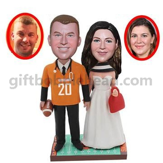 Personalized Custom Couple Bobblehead Wedding Cake Topper